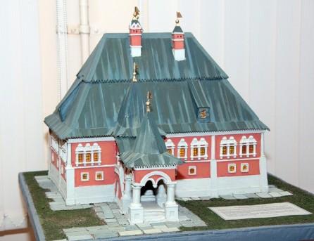 макет палат Анны Монс, работы Н.Аввакумова, из музея, созданного Г.Стриженовым