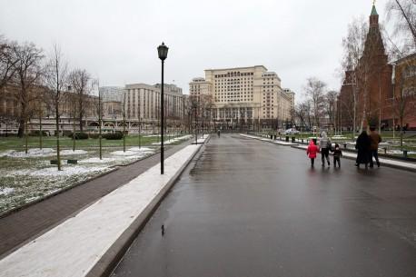 Александровский сад, главная аллея, ноябрь, 2012