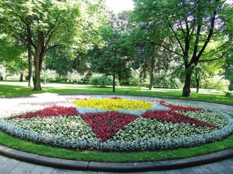 Александровский сад, клумба