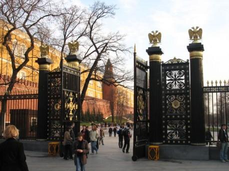 Александровский сад, входные ворота