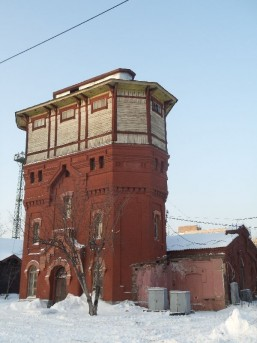 Водонапорная башня с насосной станцией