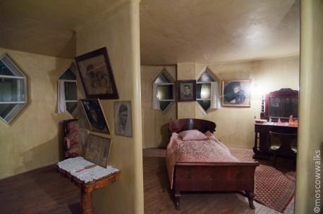 Дом Мельникова-спальня