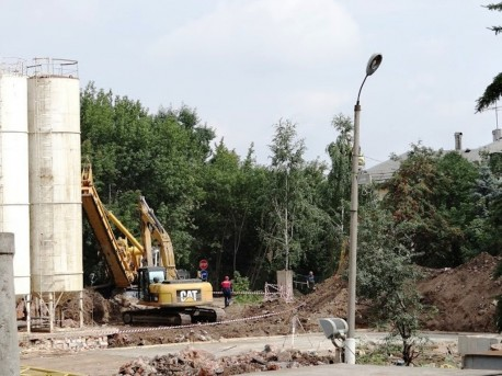 Стройка на территории Ново-Екатерининской больницы