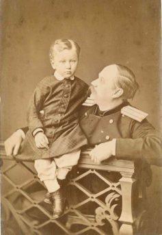 Н.И.Ильин с сыном Андреем