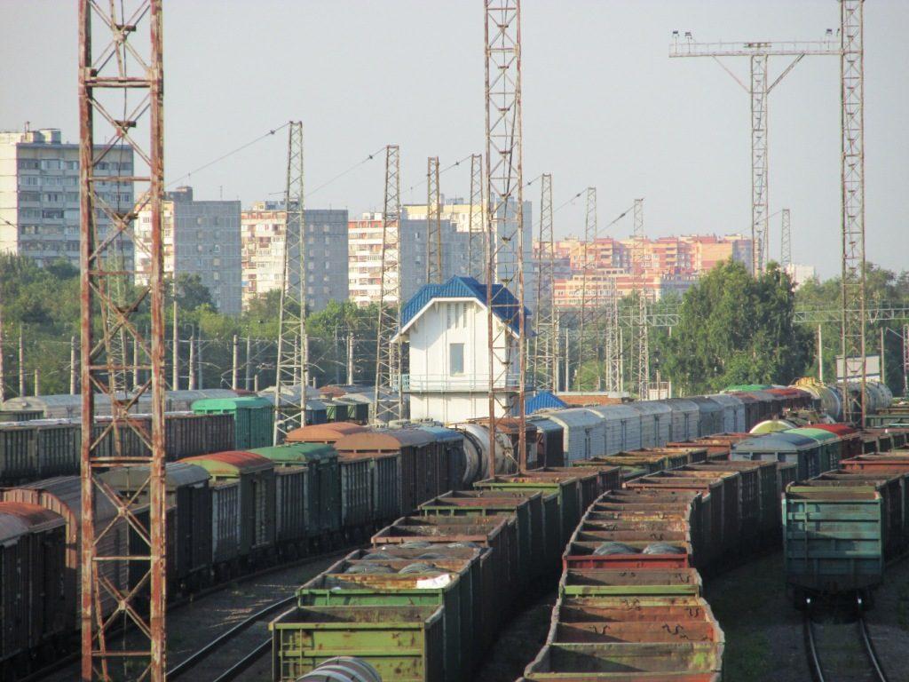 Панорама станции, вдалеке северный пост