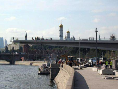 Вид на Кремль с Москворецкой набережной