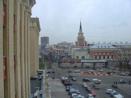 Вид на путепровод из окна гостиницы Ленинградская