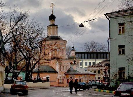 Вид проектируемой надстройки из Хохловского переулка. Врисовка автора