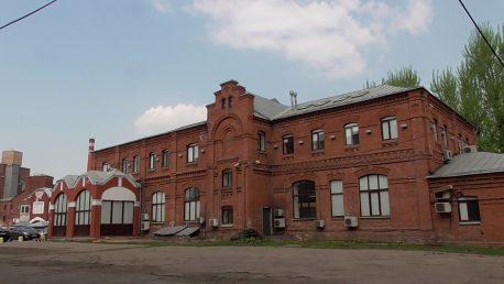 Южный фасад. Вид от контрольных ворот